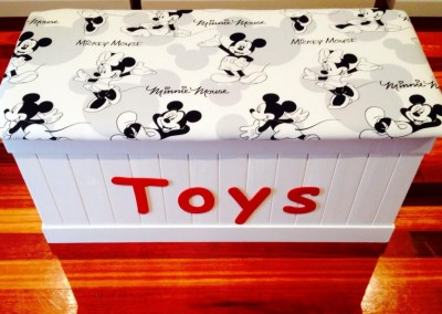 Mickey Mouse Toy Box 2