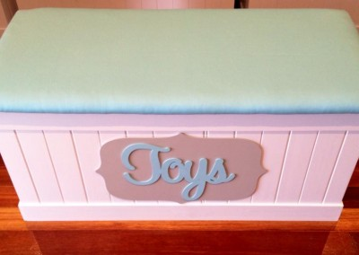 Neutral Toy Box 4