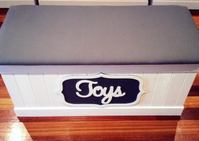 Neutral Toy Box 8