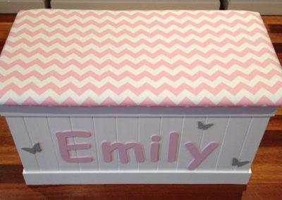 pink/white damask Emily